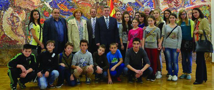 Učenci dopolnilnega pouka makedonščine v Sloveniji